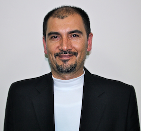 Juan Leonardo Espinoza